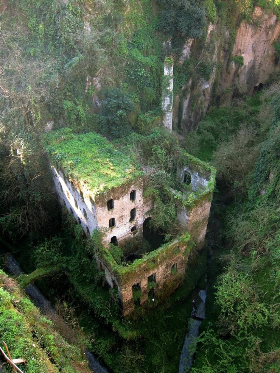 granja abandonada en italia