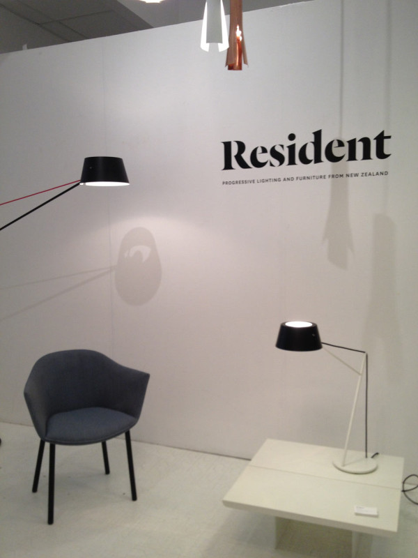 resident-lighting-chair-intro-ny-600x800
