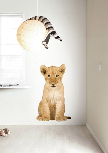 safari_friends_lion_cub_XL_435x615px_RGB